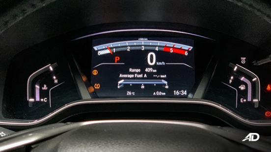 honda cr-v review road test instrument cluster display interior