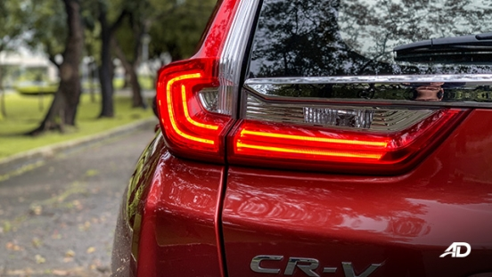 honda cr-v review road test led taillights exterior philippines
