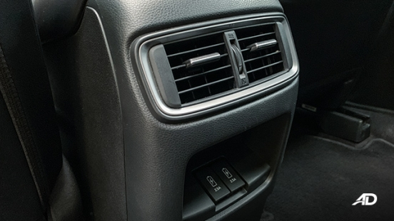 honda cr-v review road test rear aircon vents interior