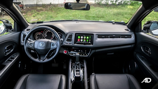 honda hr-v review road test dashboard interior philippines