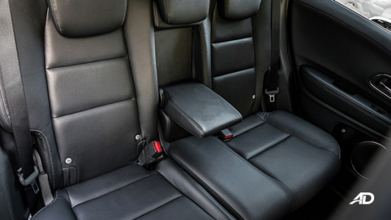 honda hr-v review road test rear cabin armrest interior