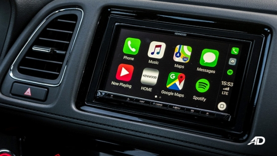 honda hr-v review road test touchscreen infotainment apple carplay philippines interior