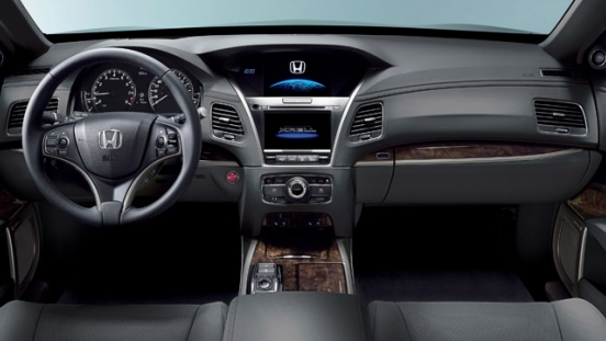 Honda Legend 2018 dashboard