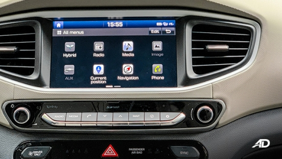 hyundai ioniq hybrid review road test infotainment system interior phiippines