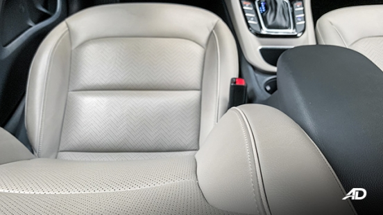 hyundai ioniq hybrid review road test leather seats interior