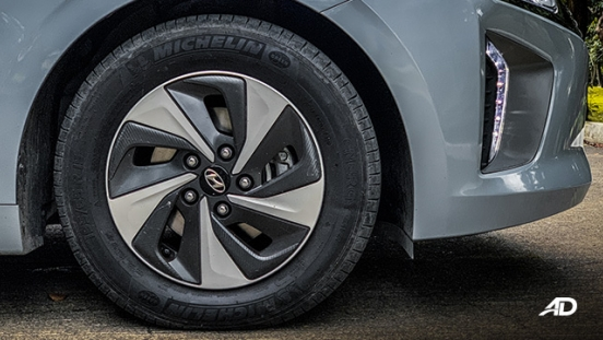 hyundai ioniq hybrid review road test wheels exterior philippines