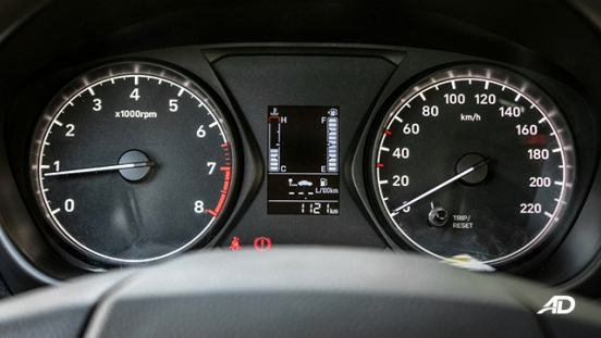 hyundai reina road test interior instrument cluster