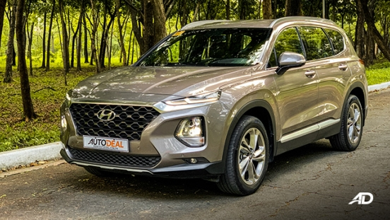 hyundai santa fe road test exterior beauty shot