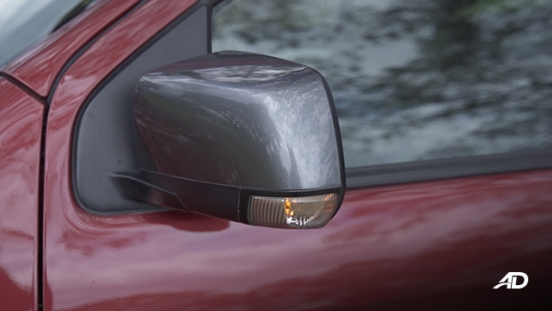 isuzu d-max review road test side mirror exterior philippines