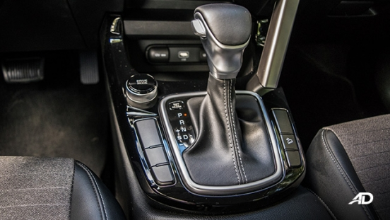 kia seltos review road test gear lever interior philippines