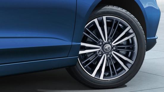 MG 5 wheels exterior
