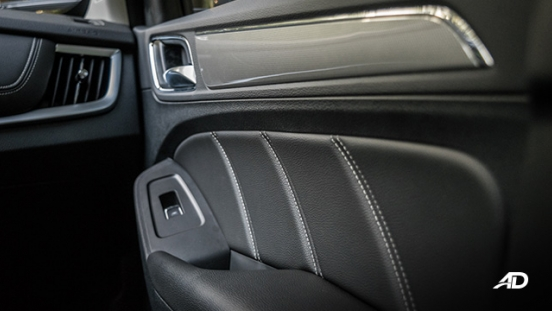 mg rx5 review road test door cards interior