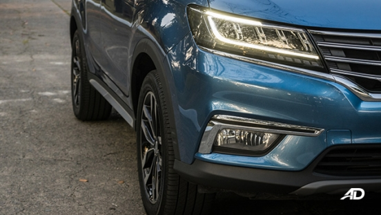 mg rx5 review road test LED daytime running lights exterior