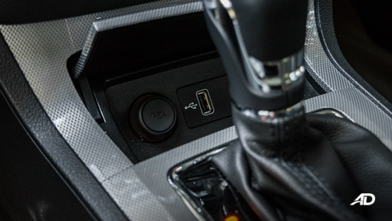 mg rx5 review road test usb port interior philippines