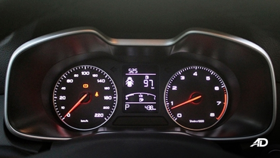 MG ZS road test review instrument cluster interior philippines