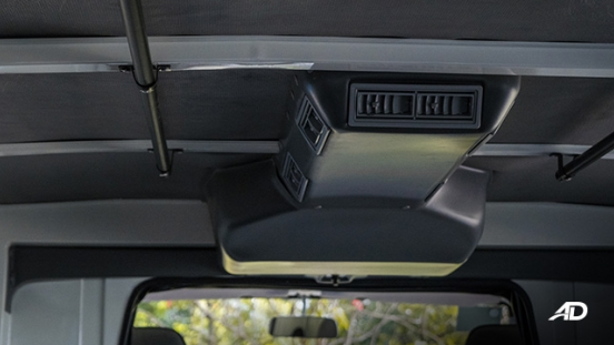 Mitsubishi L300 interior rear air-conditioning