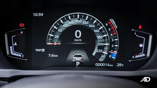 mitsubishi montero sport interior gauge clusters