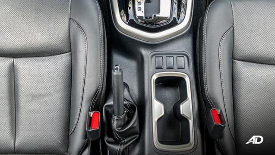 Nissan Navara road test interior center console