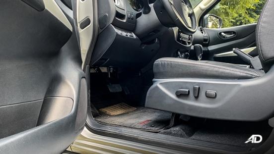 Nissan Navara road test interior philippines