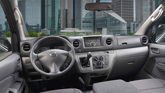 Nissan Urvan dashboard
