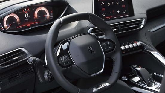 Peugeot 3008 2018 dashboard