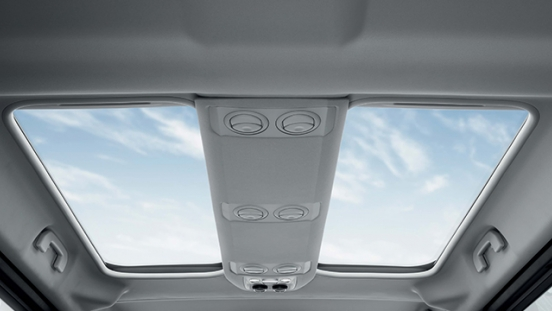 Peugeot Traveller 2018 sunroof moonroof