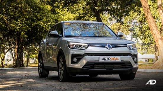 ssangyong tivoli diesel review road test beauty shot exterior philippines