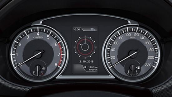 Suzuki Vitara LCD instrument cluster interior