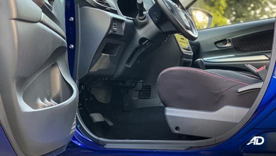 toyota avanza road test front cabin interior