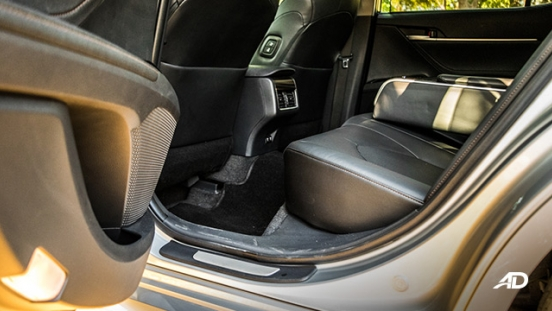 toyota camry review road test rear legroom interior