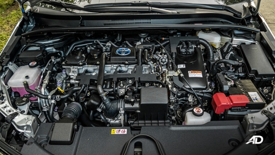 Toyota corolla altis hybrid review road test engine powertrain