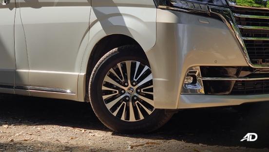 toyota hiace super grandia review road test wheels exterior