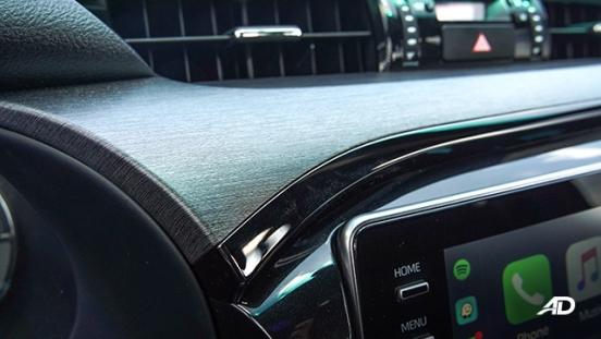 Toyota HIlux Conquest road test piano black accent