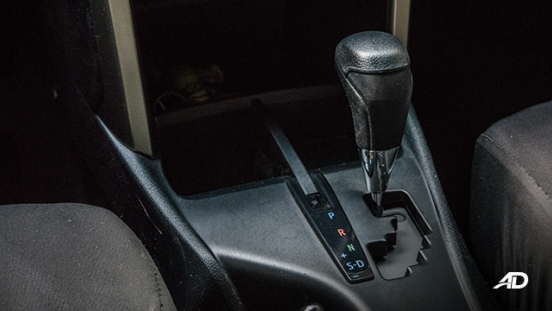 toyota innova road test review gear lever interior