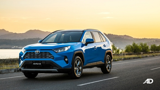 toyota rav4 road test review front quarter beauty shots exterior