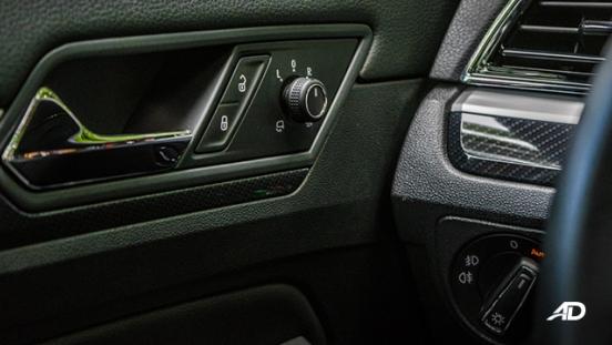 volkswagen lamando review road test door controls interior