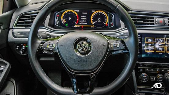 volkswagen lamando review road test steering wheel interior