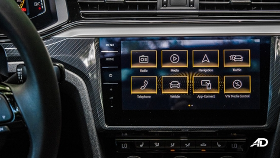volkswagen lamando review road test touchscreen infotainment interior philippines