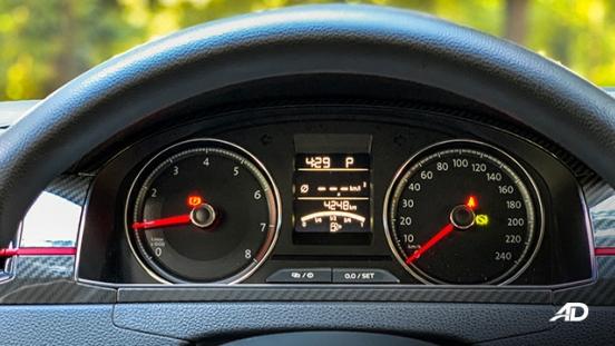 volkswagen santana GTS road test review instrument cluster interior
