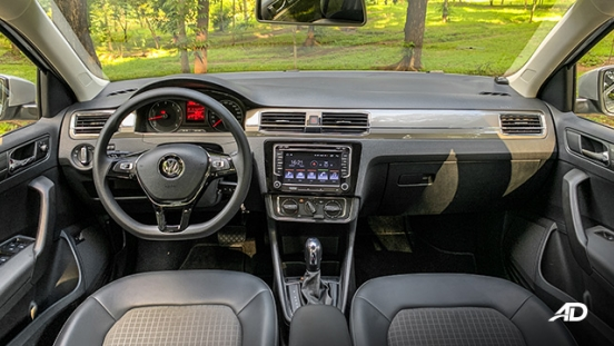 volkswagen santana road test interior dashboard