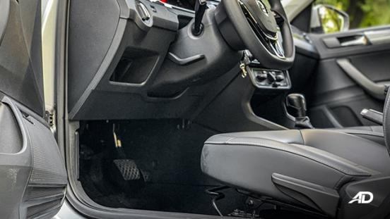 volkswagen santana road test interior front cabin