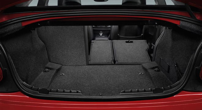 2018 BMW 2-Series coupe trunk