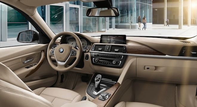 2018 BMW 3-Series Sedan interior