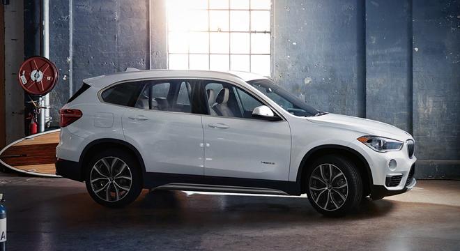 2018 BMW X1 side