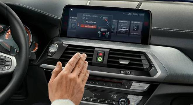 2018 BMW X3 stereo