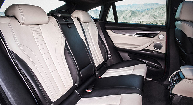 2018 BMW X6 rear seats