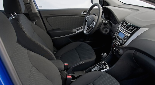 2018 Hyundai Accent Hatchback dashboard