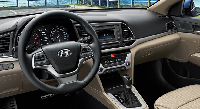 2018 Hyundai Elantra steering wheel