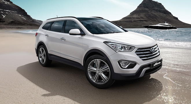 2018 Hyundai Grand Santa Fe beauty shot