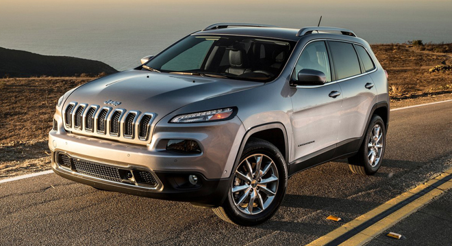 2018 Jeep Cherokee front quarter
